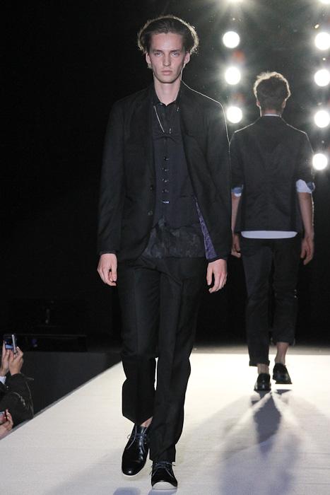 SS11_Tokyo_LANVIN en Bleu005_Rutger Derksen(Fashionsnap)