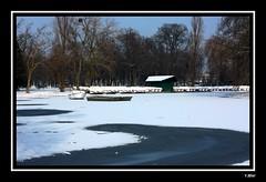 Lac parisien (Yolanda Miel) Tags: winter lake snow paris france canon hiver lac neige