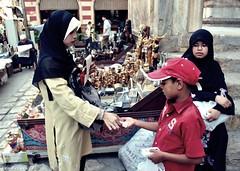 Tangan yg diatas lebih baik dari tangan yg dibawah... (aCik Cairo) Tags: street nikon tour egypt hijab cairo morocco malaysia khan melayu malay derma elkhalili sadaqah maghribi sedekah d3000