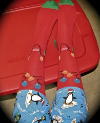 Stockings and Penguins... (Nanna J) Tags: me stockings penguins december daily tub selfie day342 loungepants futab feetuptakeabreak 365act2