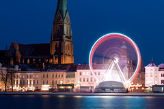 (*m22) Tags: longexposure winter church night dom weihnachtsmarkt bluehour altstadt favs christmasfair riesenrad mv granderoue noria schwerin pfaffenteich ferrisweel