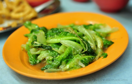 Simple Romaine Lettuce Stir-Fry  清炒油麥