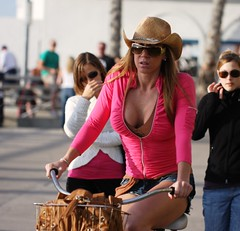 Cowgirl in pink (San Diego Shooter) Tags: portrait sandiego streetphotography pacificbeach sandiegopeople sandiegostreetphotography