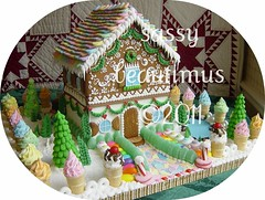 pastel house 2010 (sassybeautimus) Tags: gingerbread gingerbreadhouse christmashouse candyhouse