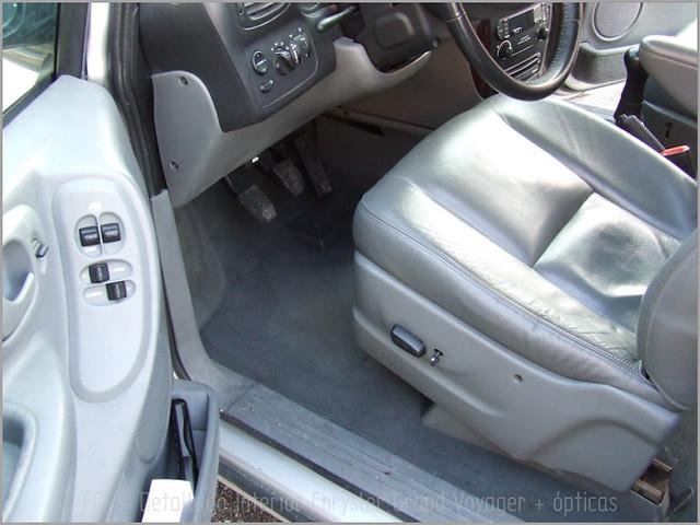 Chrysler Grand Voyager - Det. int. + opticas-06