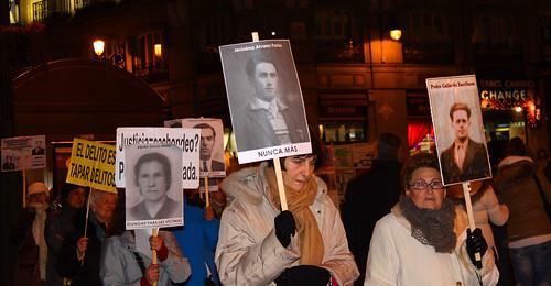 Concentración contra la impunidad del Franquismo (23/12/2010)