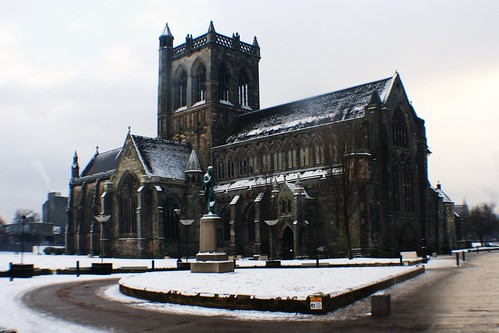 Paisley Abbey in Winter
