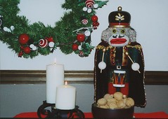 Sock Monkey Nutcracker (monkeymoments) Tags: candles drum nuts walnuts wreath sockmonkeys monkeys nutcracker animalhumor animalchristmas holidayhumor monkeyhumor sockmonkeyhumor
