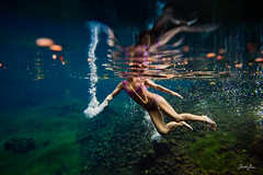 miroir de papillon (SARA LEE) Tags: pink blue woman reflection green hawaii pond pattern underwater bokeh surreal bubbles bigisland kona freshwater waterhousing sarahlee legothenego kobetich surfhousing vivantvie