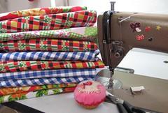 Como  bom ... (Joana Joaninha) Tags: trabalho mquina costura joanajoaninha hellennilce