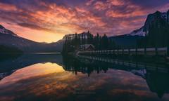 Sunrising Emerald (Javier de la Torre Garca) Tags: canada canadian casa emeral house javierdltcom javierdltes lago lake lucroit night noche photoexperience4u px4u rockies rocosas yoho