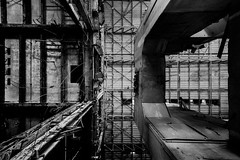 proximate. (jonathancastellino) Tags: toronto architecture hearn abandoned derelict decay ruin ruins leica m proximate turbinehall up upward arch crumble ceiling roof empty