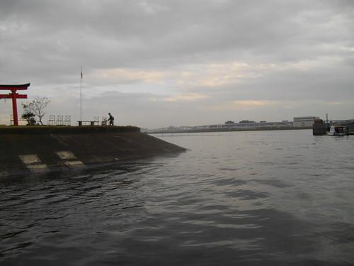 海老取川南端