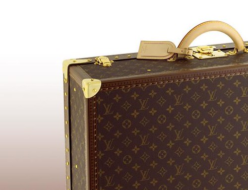 01 Louis Vuitton Monogram