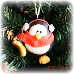 Pingino friolero (ArtWen) Tags: arbol navidad porcelanafria artwen pinguinopicnik