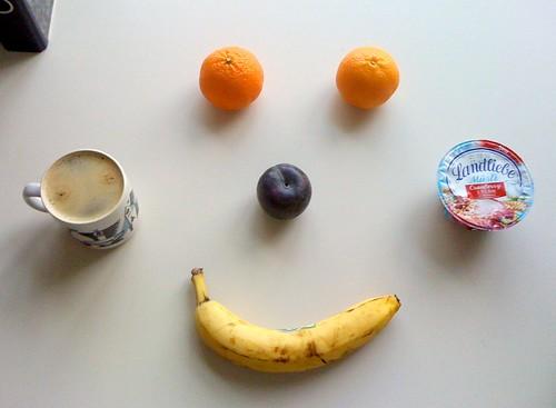 Clementinen, Pflaume, Banane & Landliebe Müsli