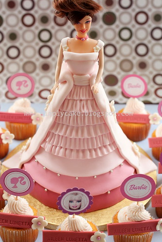Barbie cake set
