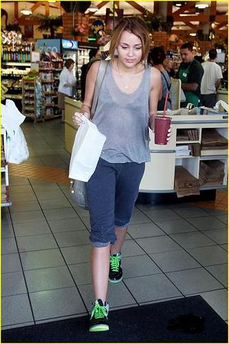 44964PCN Miley