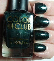 Color Club Black Widow Green