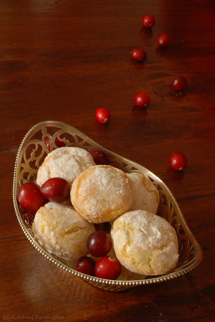 Moroccan almond cookies