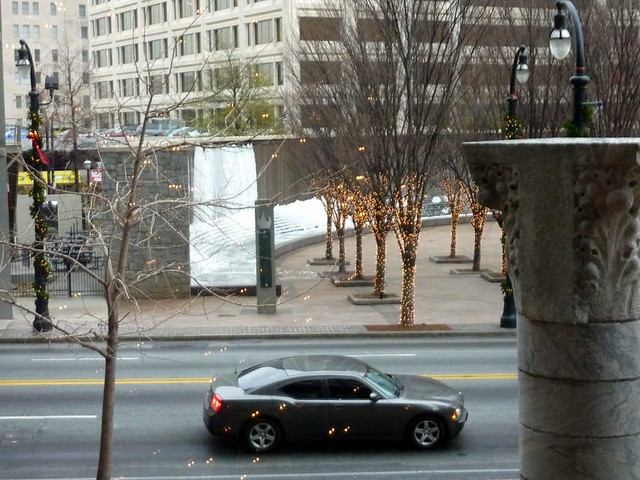 P1050736-2010-12-15-Woodruff-Park-Fountain-Atlanta-Frozen-from-Equitable-mezzanine-1