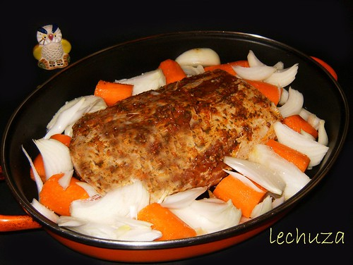 Lomo de cerdo asado-fuente.