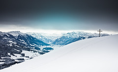 cross (gato-gato-gato) Tags: blue schnee winter white mountain snow mountains alps cold nature berg schweiz switzerland flickr suisse hiking sunday natur hike berge freeze snowshoeing thealps alpen blau svizzera kalt stgallen weiss sonntag wanderung naturephotography sanktgallen schutt goldingen outdoorphotography schneeschuhlaufen atzmnnig atzmaennig canon1740mmf40lusm gatogatogato canoneos5dmarkii gatogatogatoch altschwand