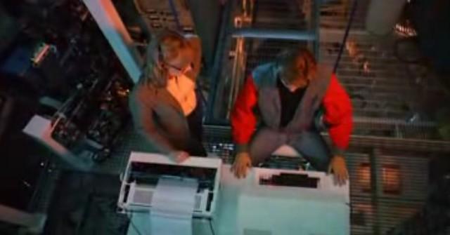 TRON 1982 Flynn y Lora