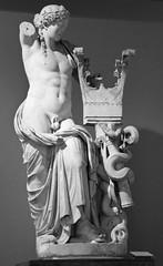 British Museum ('LPG') Tags: sculpture london art museum d70 nikond70 lpg britishmuseum lightroom