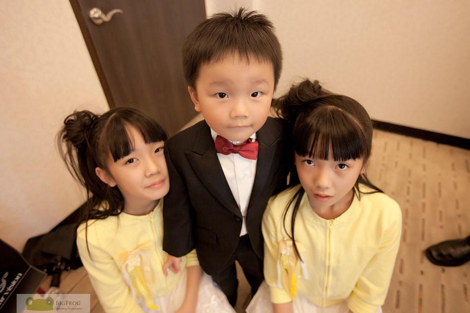 Kang+Hsing-153