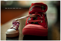Dad let me come with you (jas-B) Tags: 50mm18 canvasshoes nikond90