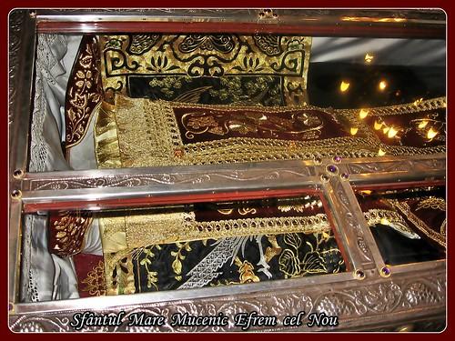 Sfântul  Mare  Mucenic  Efrem  cel  Nou 3