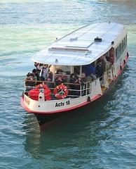 Mezzo di trasporto veneziano. (sangiopanza2000) Tags: venice italy italia venezia vaporetto veneto sangiopanza mezzoditrasporto