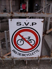 Montreal Friendly Sign
