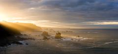 Luces del Silencio (Chin Chinau) Tags: del atardecer mar asturias playa cudillero silencio cantabrico gavieru