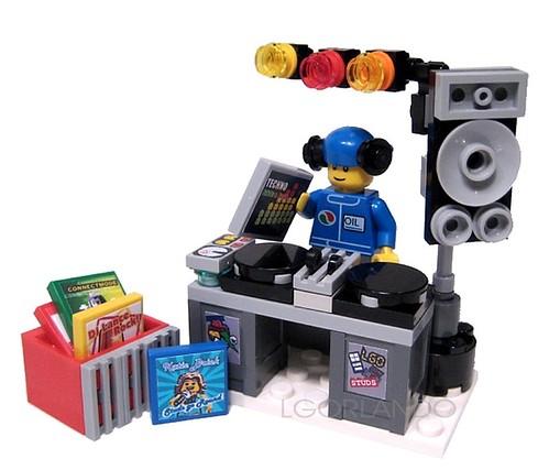 Lego dj nude - YouTube