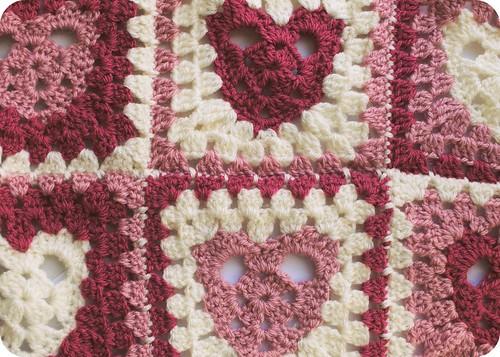 heart granny square ::