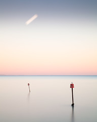 Fast Moon (Andy Brown (mrbuk1)) Tags: longexposure sunset seascape reflection landscape seagull horizon minimal trail devon pastels marker orbit itsasmallworld teignmouth nd110 takeaview lpoty11