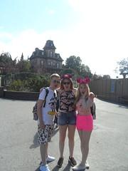 Disneyland Paris 2016 (Elysia in Wonderland) Tags: disneyland paris disney france land elysia joe lucy holiday 2016 pirate ship jolly roger phantom manor scared shocked