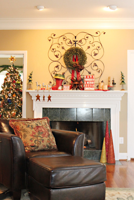 my christmas mantel featured on bhg!!