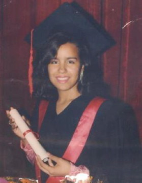 17 yrd old graduation picture