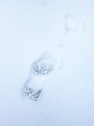 白雪留痕……