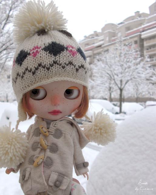 Anna (PDA2E) et Ninon (NP) Sous la neige!! P.5 - Page 3 5222910861_f7799bb2ea_z