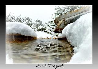 Fuente de alta montaña