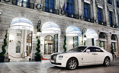 Rolls-Royce Ghost (__martin__) Tags: white paris night nikon nightshot martin ghost rollsroyce carro ritz british tamron spotting exotics d80 carsightings