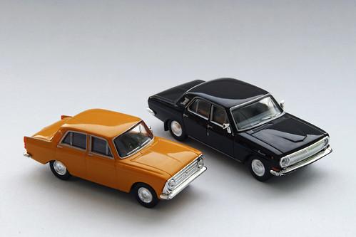 Moskwitsch 408 und Wolga M24