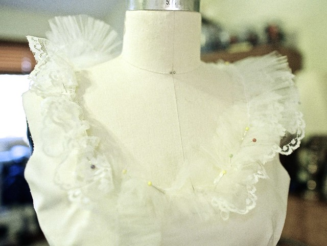 wedding dress neckline