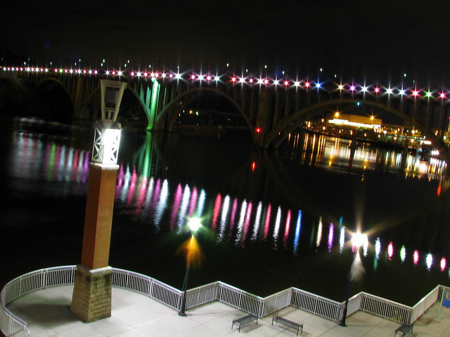Henley St. Bridge at night