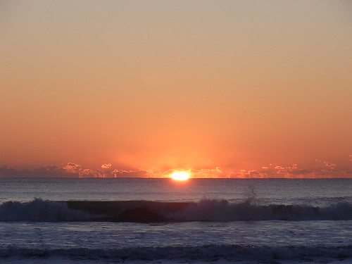 Sunrise on new year's day (2011/1/1 6:49am)