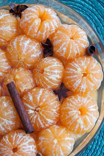 Clementines in wine-cinnamon-star anise / Mandariinid veini-kaneeli-tähtaniisileemes